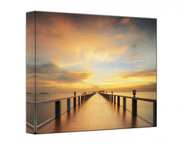 Leinwandbild Holzsteg Sonnenaufgang quadratisch