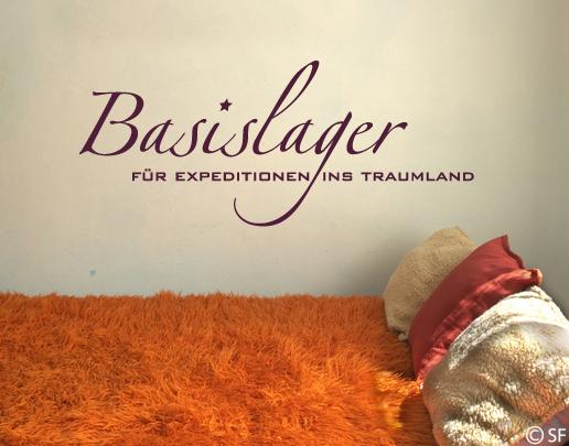 Wandtattoo Basislager - Wandspruch fürs Schlafzimmer