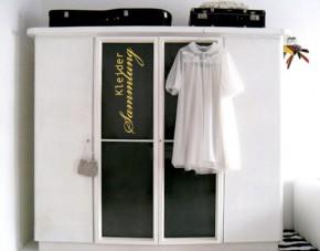 Möbeltattoo Kleidersammlung